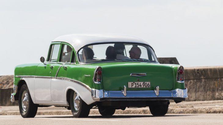 vintage-cars-in-havana-cuba
