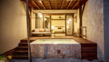 hotel-room-with-hot-tub-la-zebra-tulum