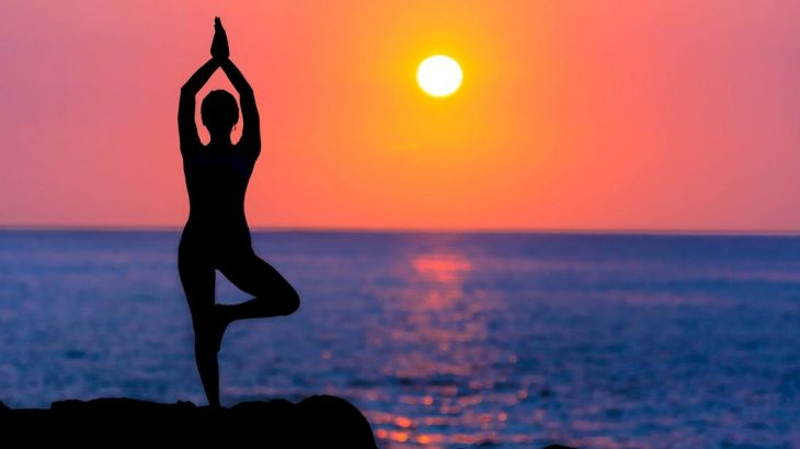 beach-yoga-retreat-puerto-vallarta-sunset