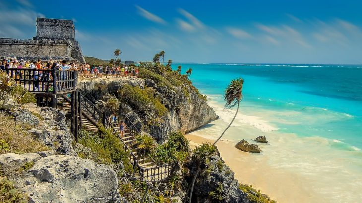 Tulum-beach-and-ruins