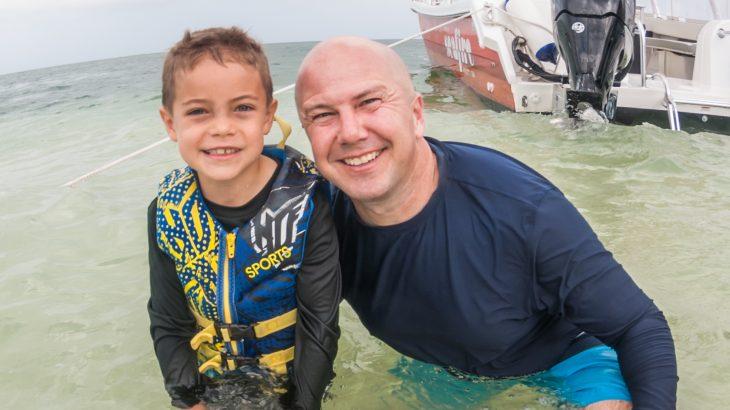 travel-blogger-at-starfish-beach