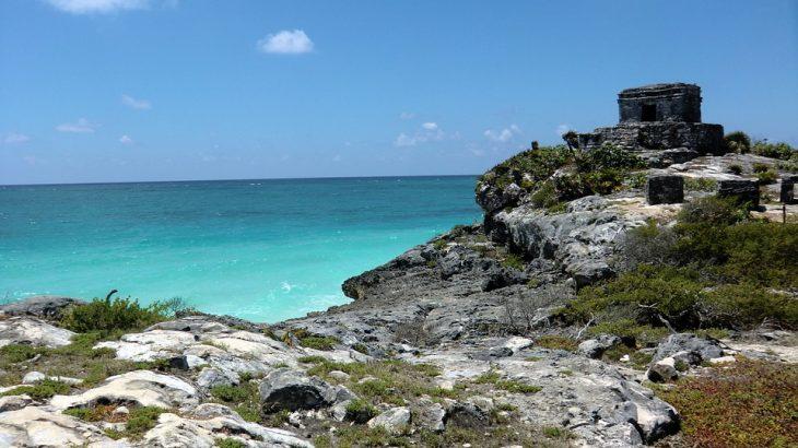tulum-ruins-turquoise-ocean