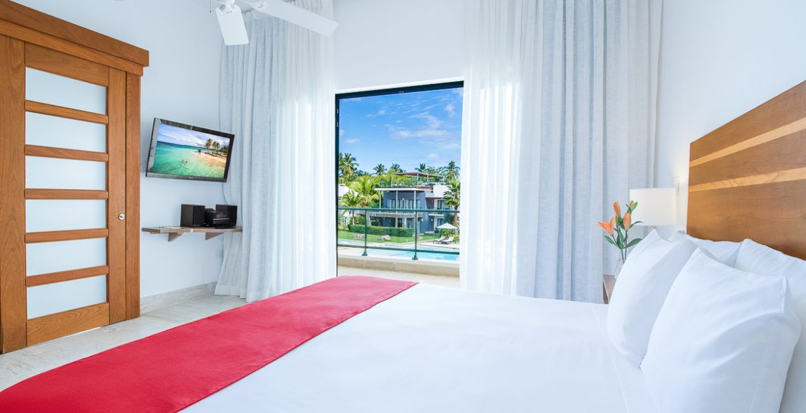 bright-one-bedroom-suite-sublime-samana-resort-dominican-republic