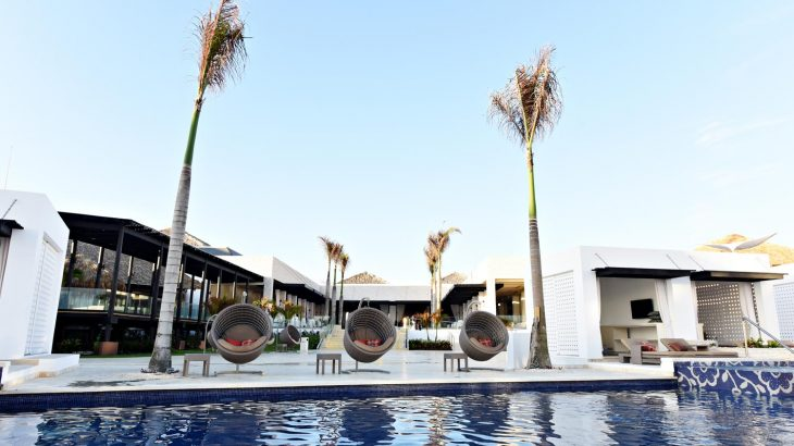 chic-punta-cana-pool