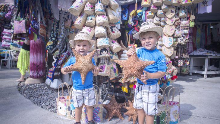 nassau-bahamas-straw-market