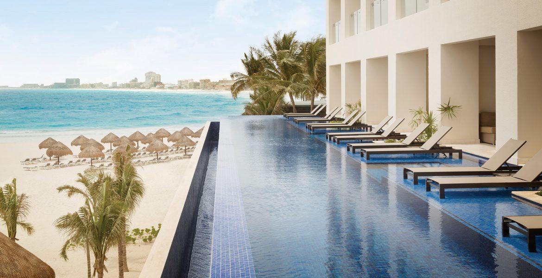 infinity-pool-hyatt-ziva-cancun