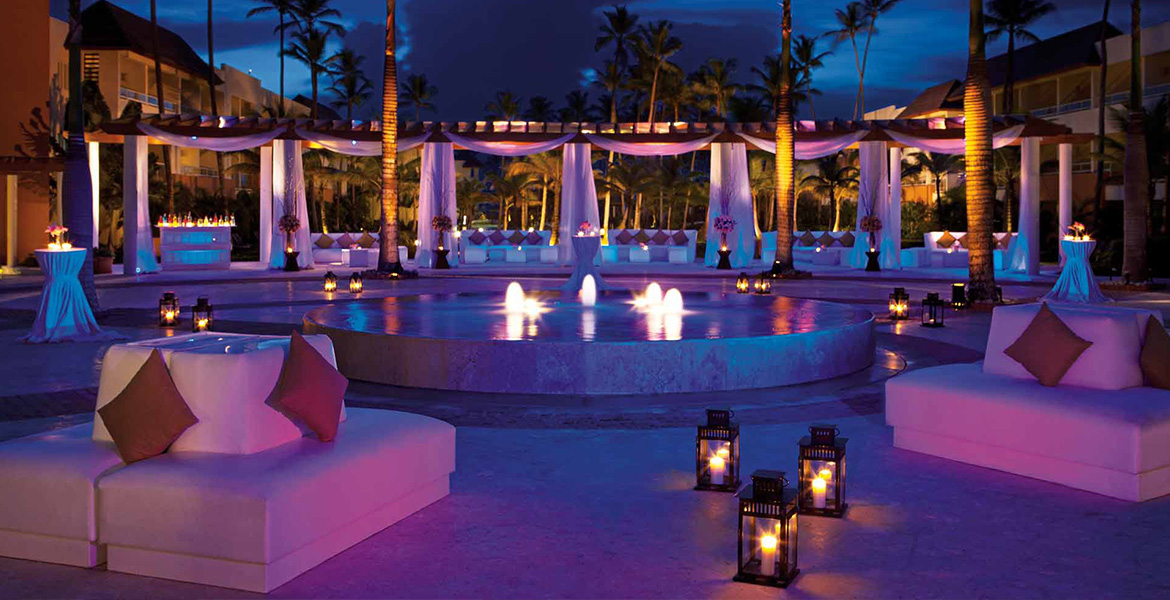 romantic-lighting-pool-secrets