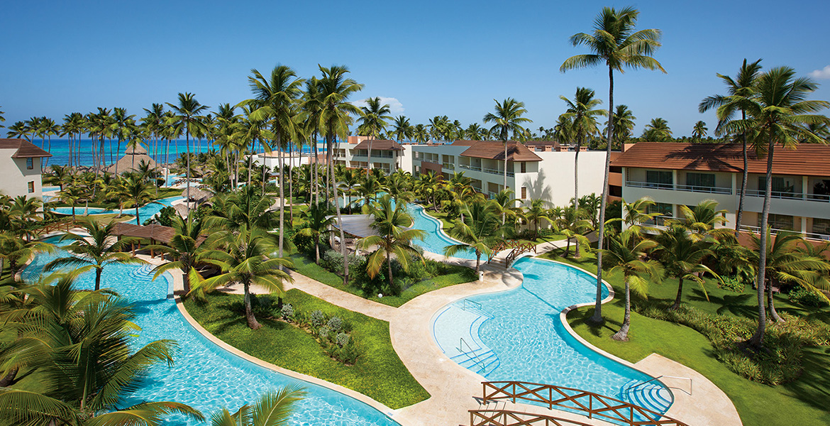 pools-palm-trees-secrets-dominican-republic