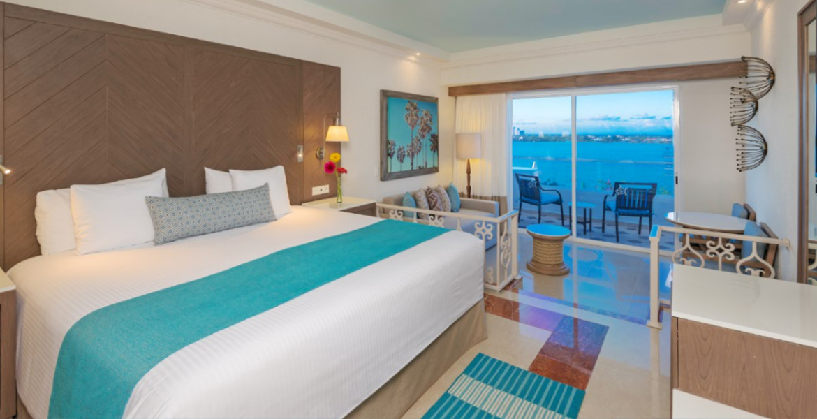 bed-panama-jack-resort-cancun