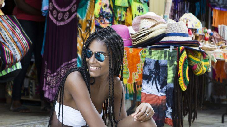 nassau-straw-market-bahamas