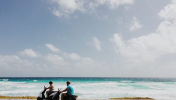 scooters-riding-around-cozumel-mexico-beaches
