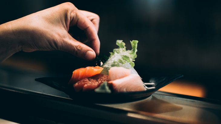 fancy-sushi-hand