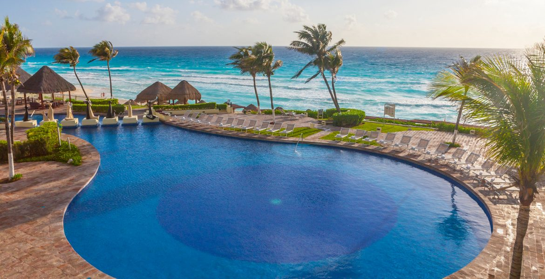 main-pool-ocean-paradisus-cancun