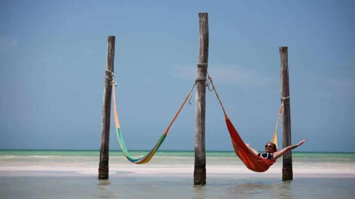 isla-holbox-hammocks-over-water