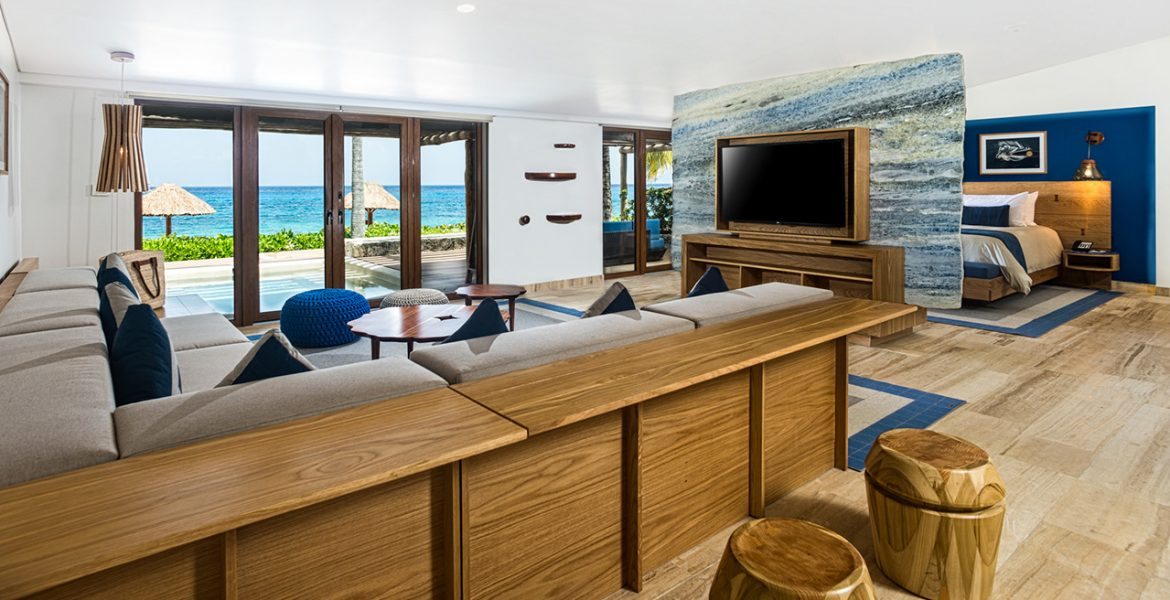 reef-suite-living-room-intercontinental-cozumel