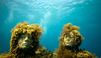 musa-underwater-art-exhibit-statues-cancún