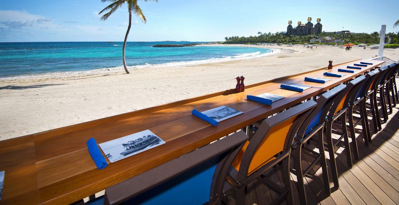 beachfront-dining-cove-atlantis