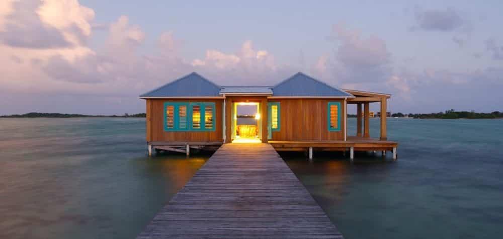 Casa-Ventanas-Cayo-Espanto-Belize-overwater-villa