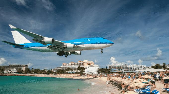 plane-overhead-maho-bay-beach