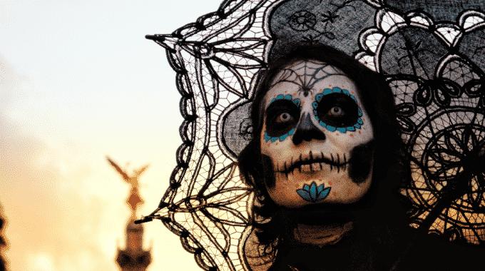 skull-face-paint-dia-de-los-muertos-mexico-city