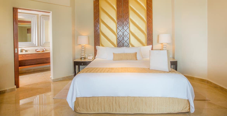 moon-palace-cancun-ambassador-suite