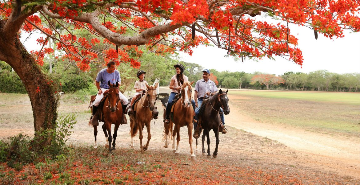 horseback-riding-mexico