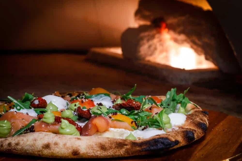 Guacamania-pizza