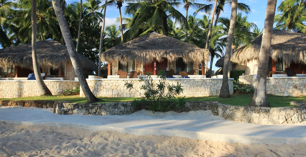 hut-viva-wyndham-dominicus-beach-dominican-republic