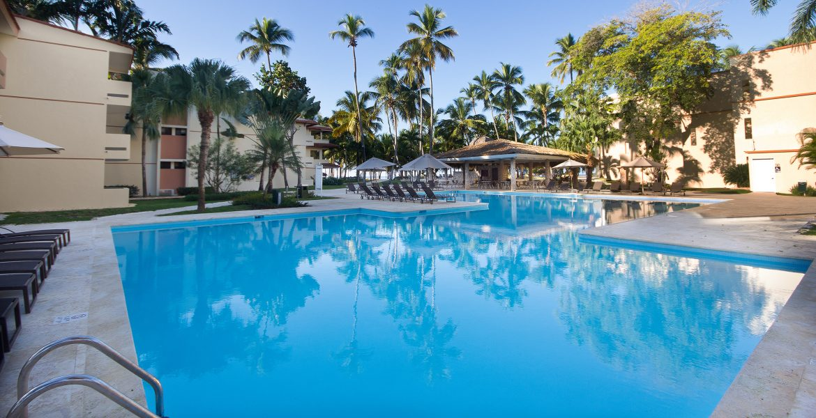 pool-viva-wyndham-dominicus-beach-dominican-republic