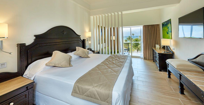 comfortable-suite-riu-palace-punta-cana