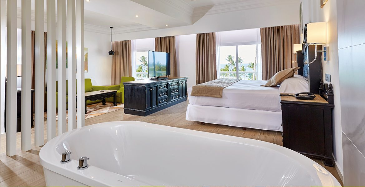suite-with-view-riu-palace-punta-cana