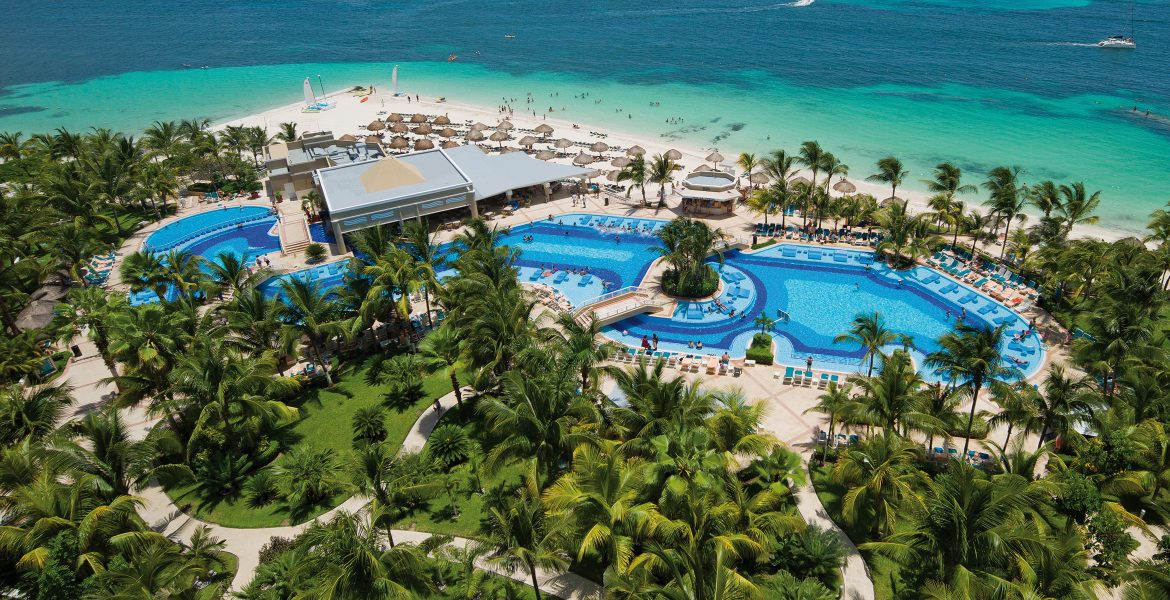 hotel-riu-caribe-cancun-mexico-resort