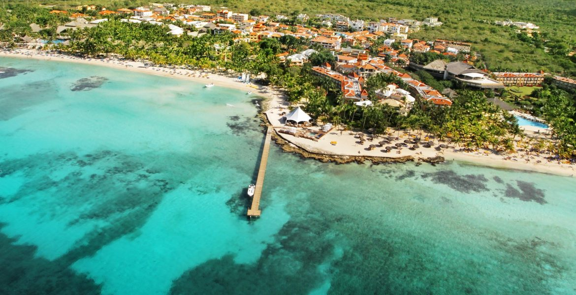 aerial-view-viva-wyndham-dominicus-beach
