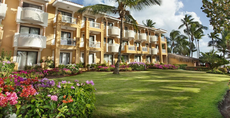 hotel-viva-wyndham-dominicus-beach