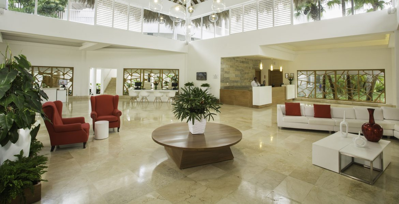 lobby-viva-wyndham-v-heavens-dominican-republic