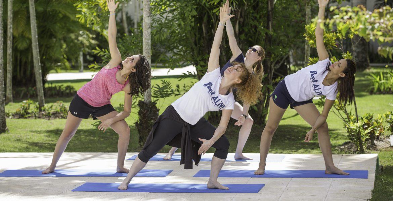 yoga-viva-wyndham-v-heavens-dominican-republic