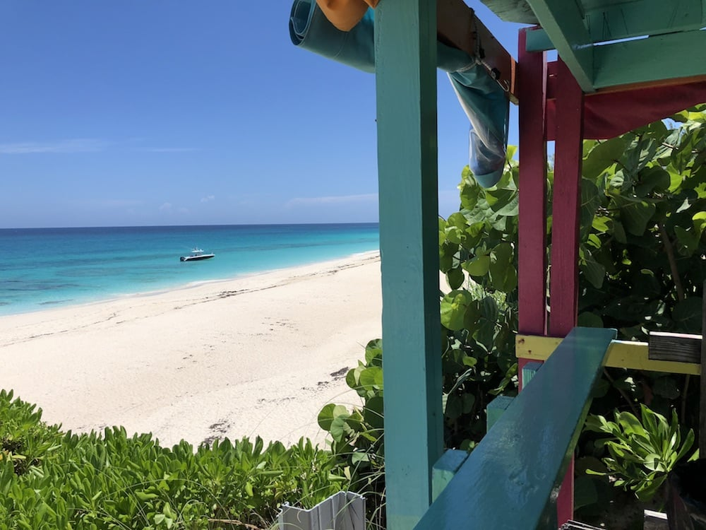 nippers-great-guana-cay