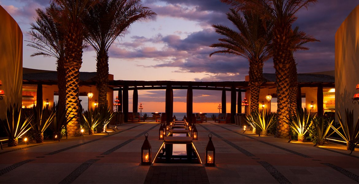 the-resort-at-pedregal-hotel-image