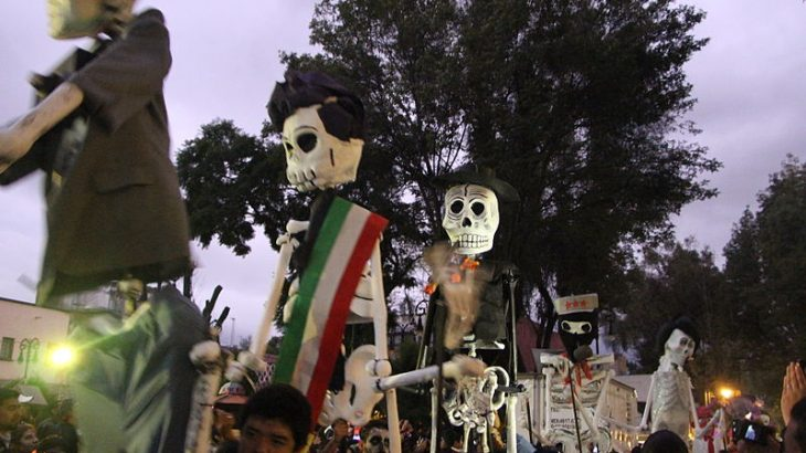 day-dead-parade-mexico