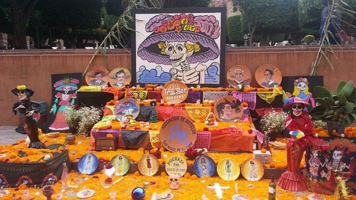 day-dead-altar-san-miguel-de-allende-mexico