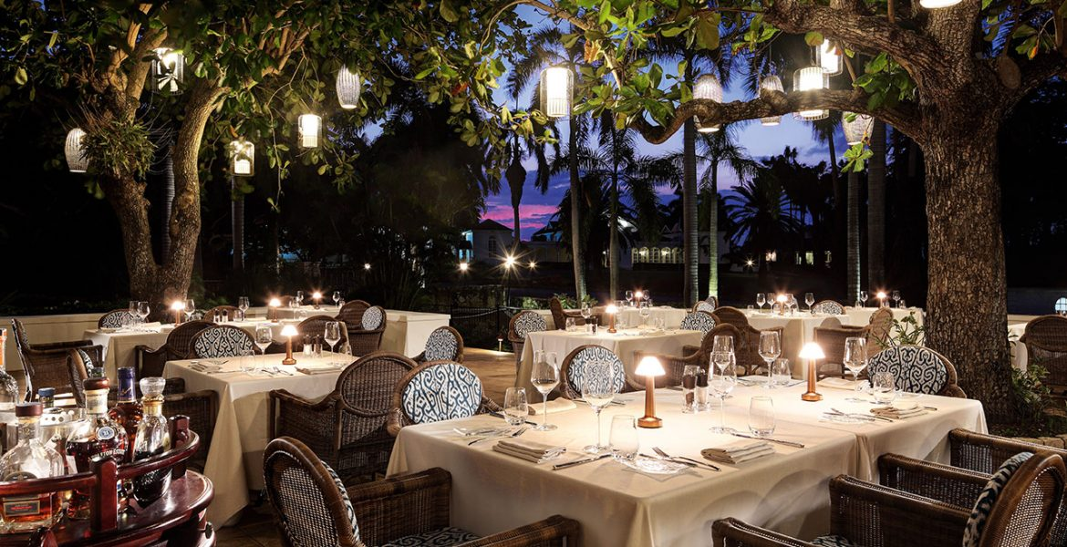 outdoor-dining-night-half-moon-resort-jamaica