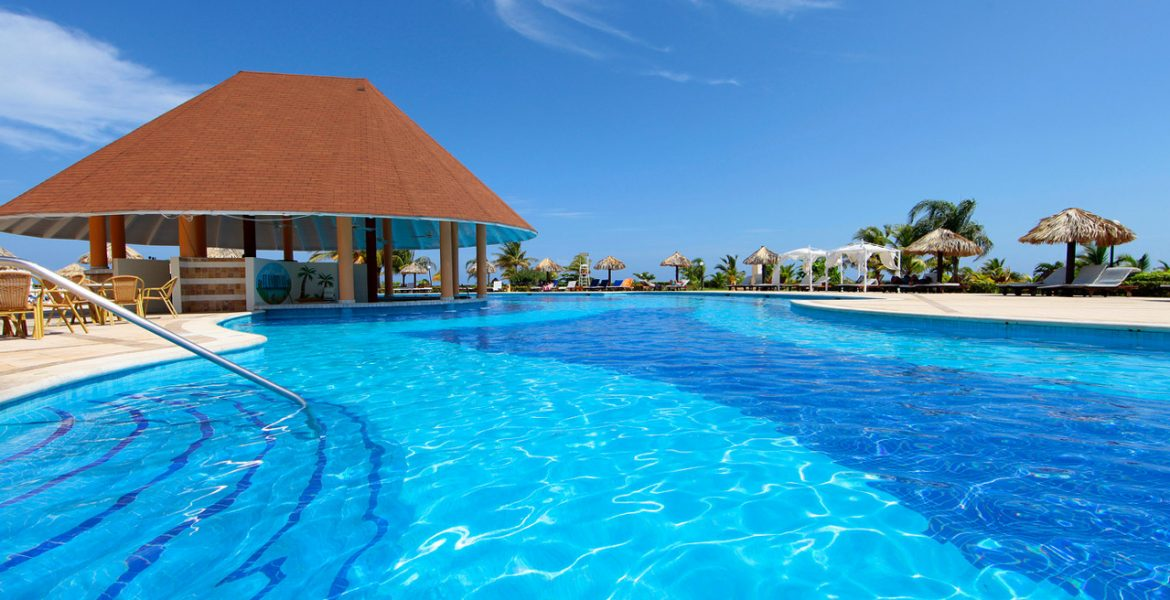 pool-luxury-bahia-principe-runaway-bay-resort-jamaica