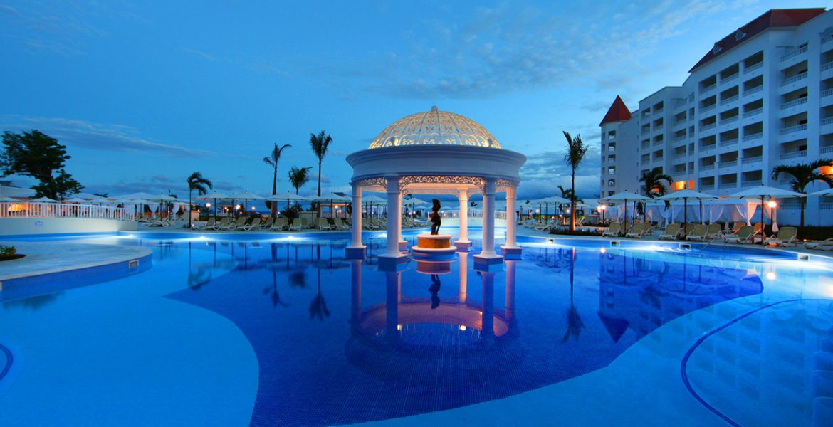 sunset-pool-luxury-bahia-principe-runaway-bay-resort-jamaica