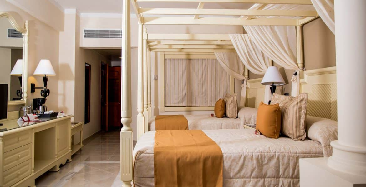 room-luxury-bahia-principe-runaway-bay-resort-jamaica