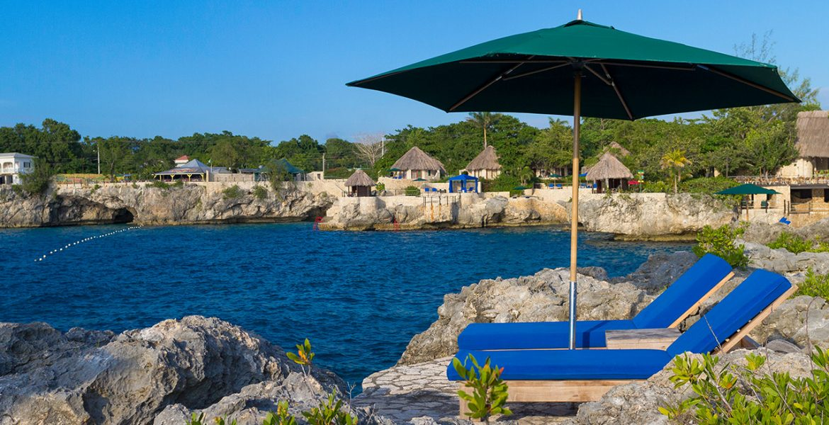 rockhouse-hotel-negril-jamaica-loungers