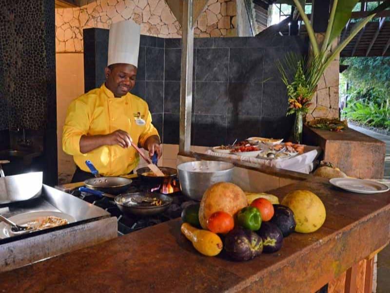 cooking-Jamaica-jerk-chicken