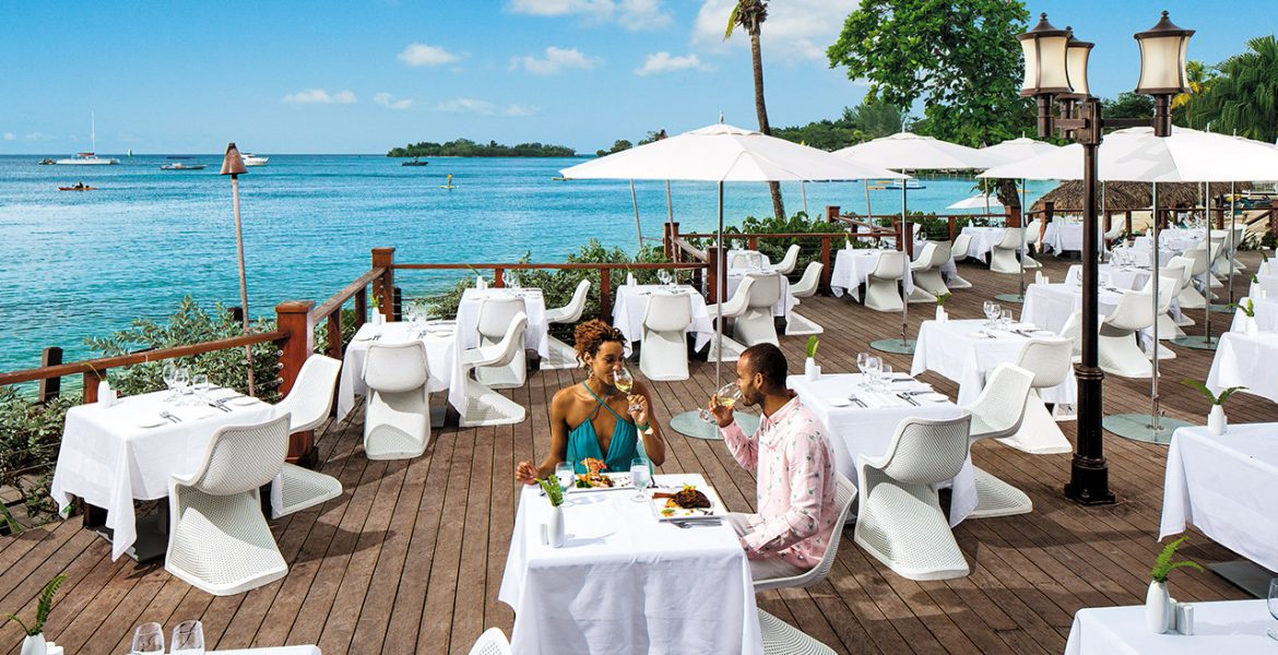 beach-dining-sandals-negril-resort-jamaica