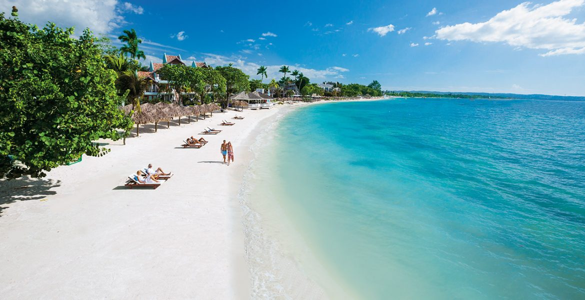 beach-sandals-negril-resort-jamaica