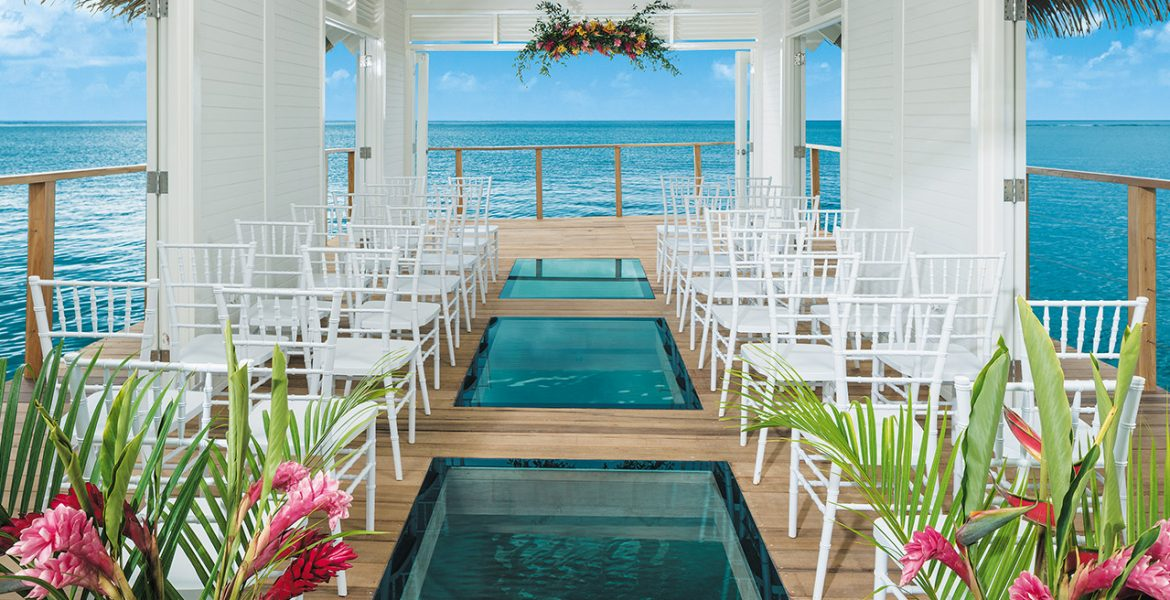 overwater-chapel-sandals-south-coast-resort