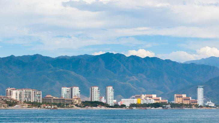 hotel-zone-puerto-vallarta-mexico